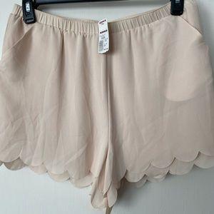 Lauren Conrad Scalloped Edge Dress Shorts